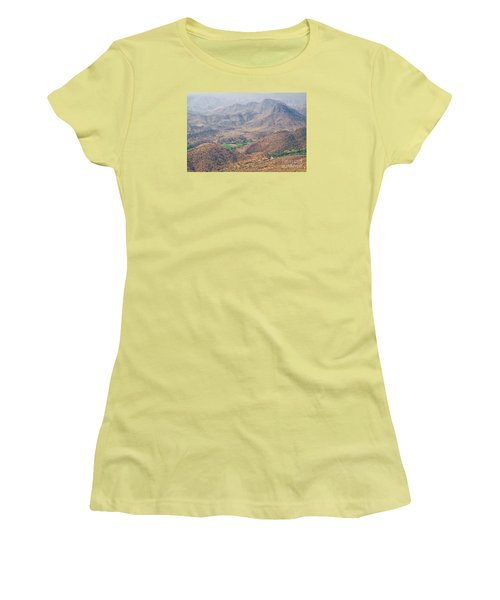 Women's T-Shirt (Athletic Fit) featuring the photograph Aeriel View Of Udaipur From Monsoon Palace by Yew Kwang