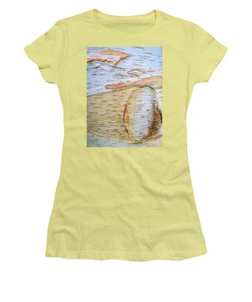 Birch Tree Bark Women's T-Shirt (Athletic Fit)
