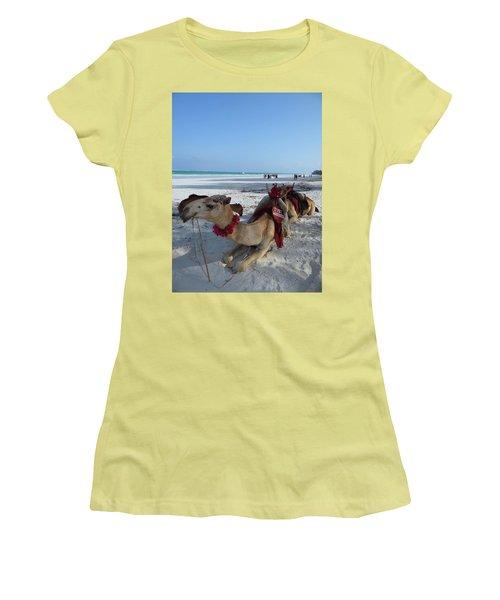 Camel On Beach Kenya Wedding Women's T-Shirt (Athletic Fit)