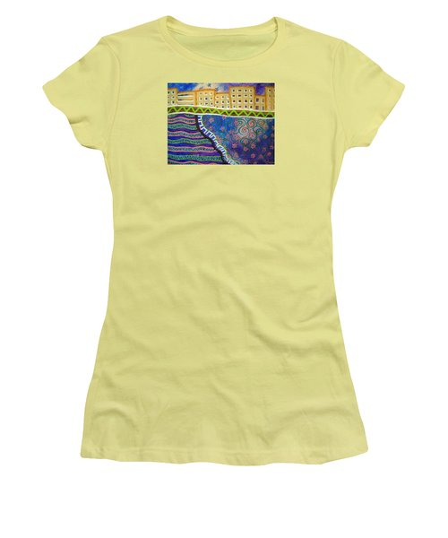 City Scape Women's T-Shirt (Athletic Fit)