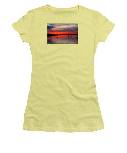 Women's T-Shirt (Junior Cut) featuring the photograph Dusk by RC Pics