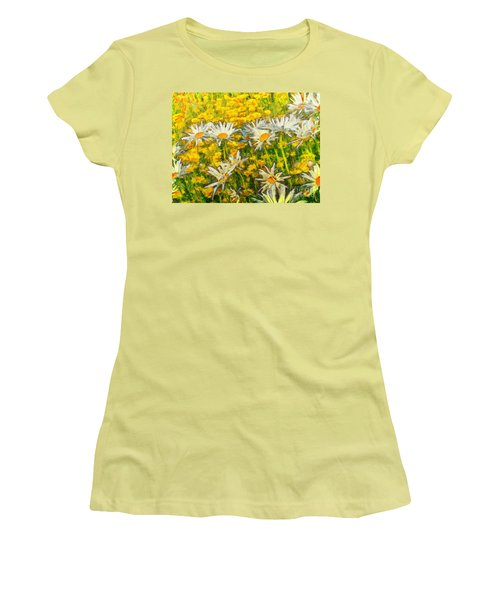 Field Of Daisies Women's T-Shirt (Athletic Fit)