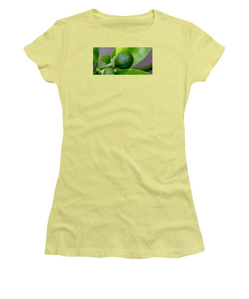 Gapefruit Women's T-Shirt (Athletic Fit)
