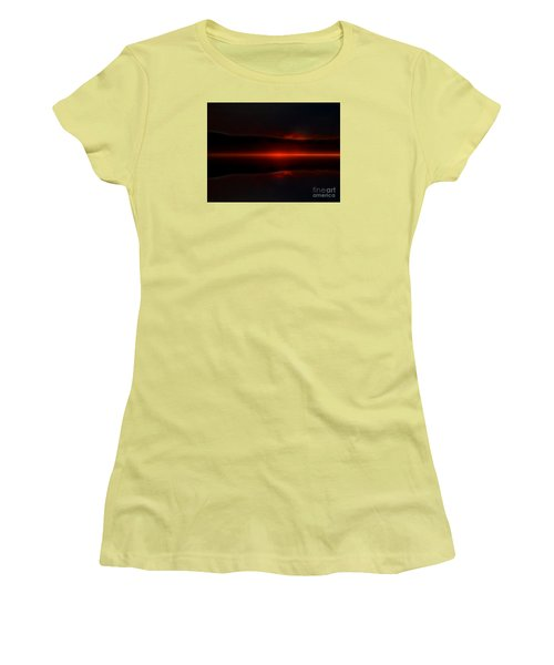 Island Fog Sunrise Women's T-Shirt (Junior Cut) by Elaine Hunter