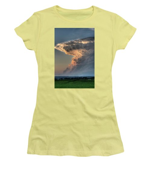 Montana Thunderstorm Women's T-Shirt (Athletic Fit)