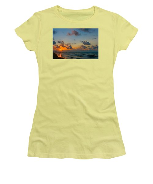 Morning On The Beach Women's T-Shirt (Athletic Fit)