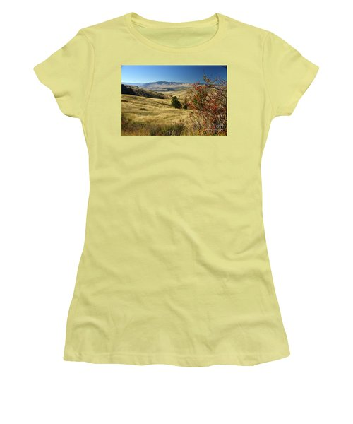 National Bison Range Women's T-Shirt (Athletic Fit)