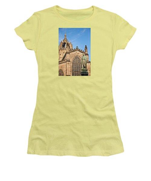 St Giles Cathedral  Edinburgh Women's T-Shirt (Junior Cut) by Liz Leyden