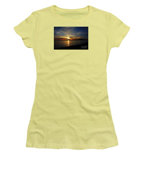 Welcome Beach 2015 3 Women's T-Shirt (Junior Cut) by Elaine Hunter