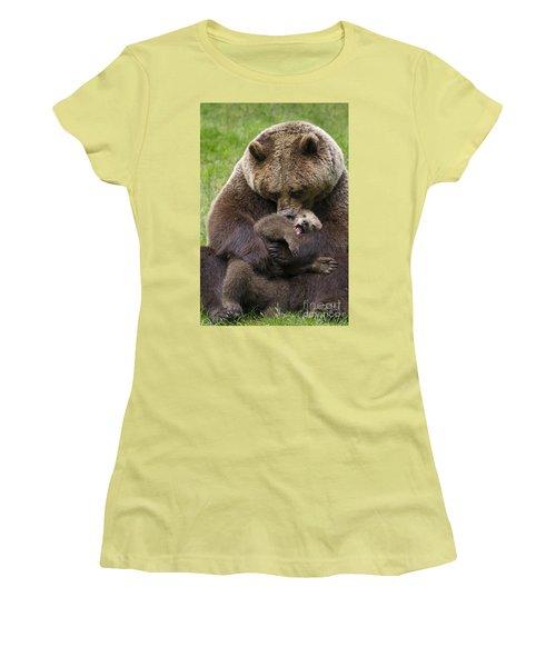 Mother Bear Cuddling Cub Women's T-Shirt (Junior Cut) by Arterra Picture Library