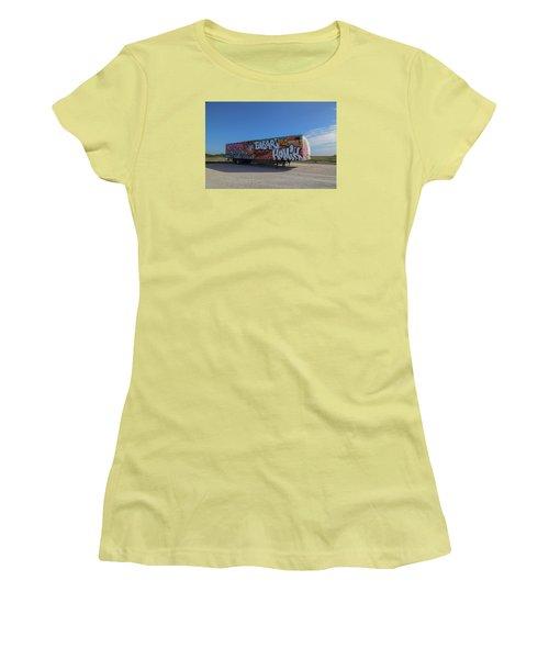 18 Wheeler Art Women's T-Shirt (Athletic Fit)