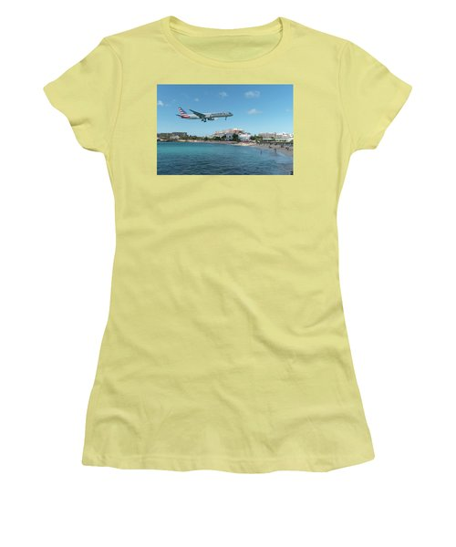 American Airlines Landing At St. Maarten Women's T-Shirt (Athletic Fit)