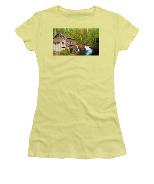 Cedar Creek Grist Mill Women's T-Shirt (Athletic Fit)