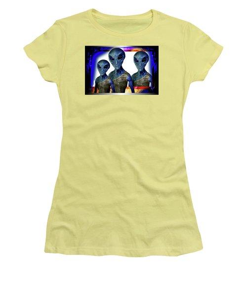 Explorers   Women's T-Shirt (Junior Cut) by Hartmut Jager