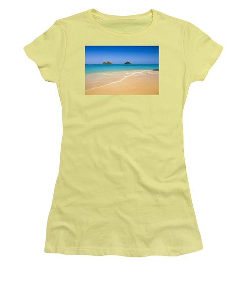 Lanikai, Mokulua Islands Women's T-Shirt (Athletic Fit)