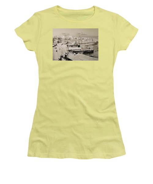 Sliema Ferries  1940 Women's T-Shirt (Athletic Fit)