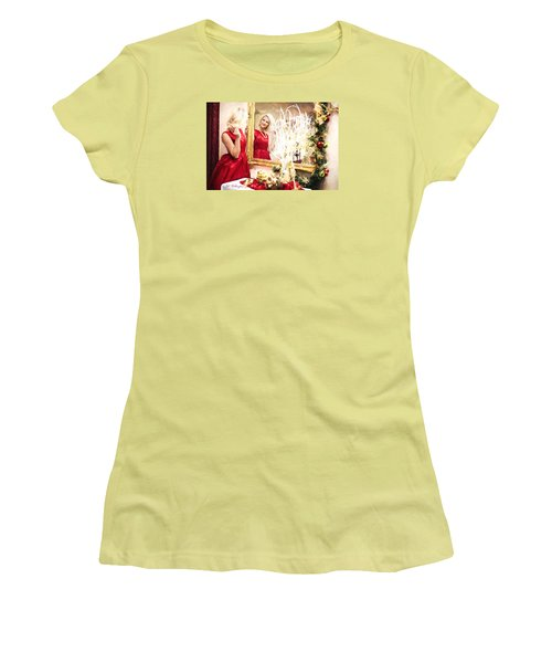 Vintage Val Home For The Holidays Women's T-Shirt (Junior Cut) by Jill Wellington