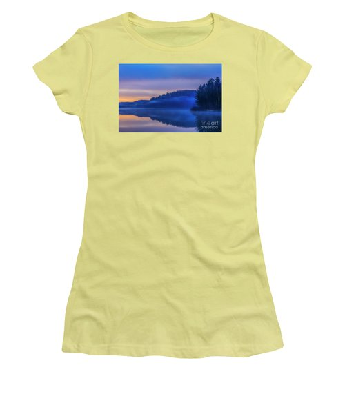 Winter Dawn Women's T-Shirt (Athletic Fit)