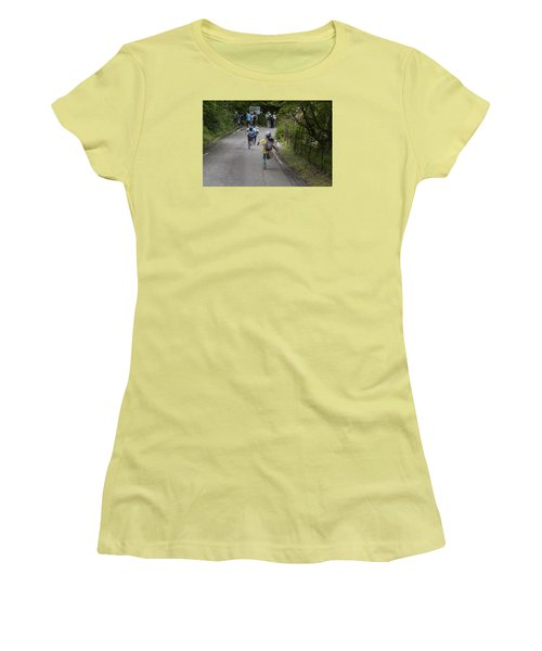 Run Women's T-Shirt (Athletic Fit)
