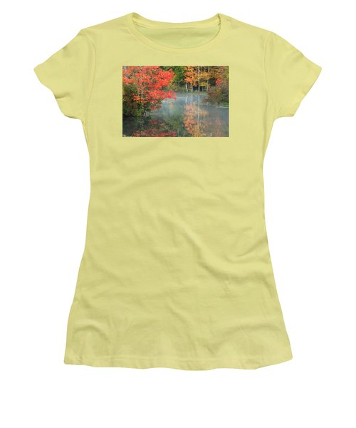 A Seat To Watch Autumn Women's T-Shirt (Athletic Fit)