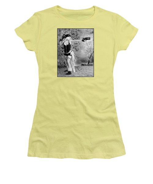 A Steam Punk Heroine Women's T-Shirt (Junior Cut)