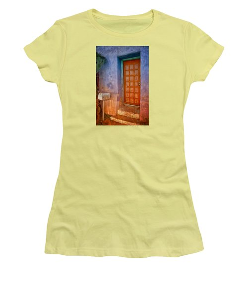 A Tucson Stoop Women's T-Shirt (Athletic Fit)