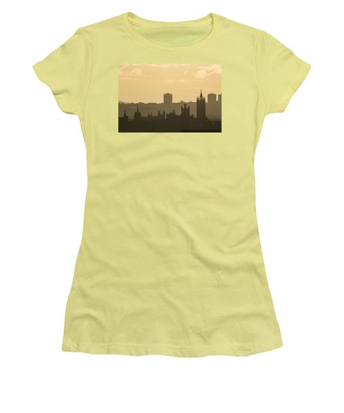 Aberdeen Skyline Silhouettes Women's T-Shirt (Athletic Fit)