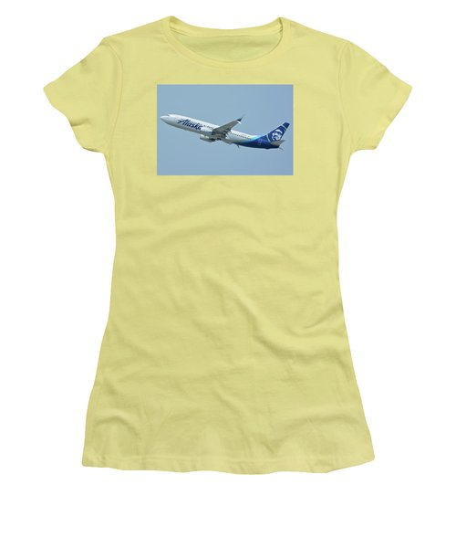 Women's T-Shirt (Junior Cut) featuring the photograph Alaska Boeing 737-890 N563as Los Angeles International Airport May 3 2016 by Brian Lockett