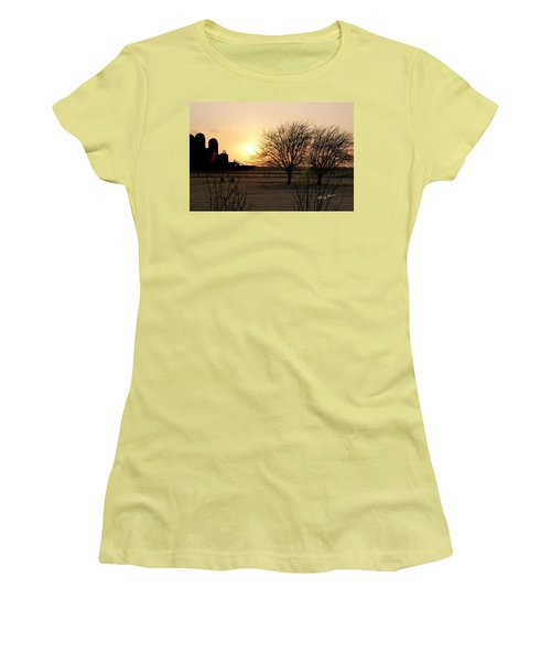 Amarillo Sunset Women's T-Shirt (Athletic Fit)