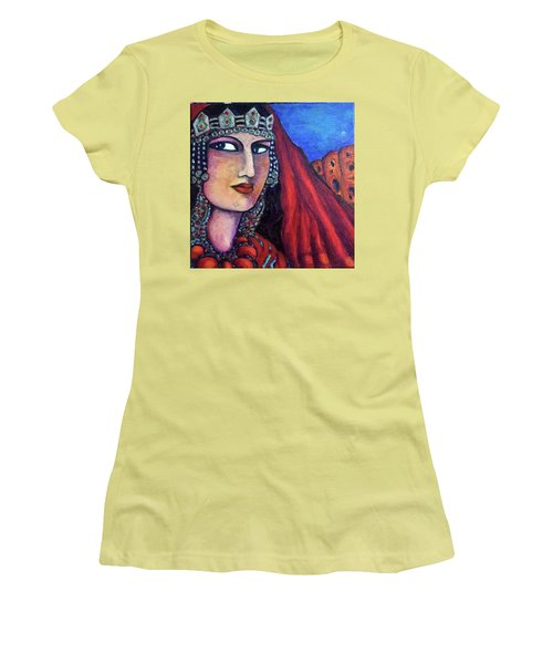 Amazigh Beauty 1 Women's T-Shirt (Athletic Fit)