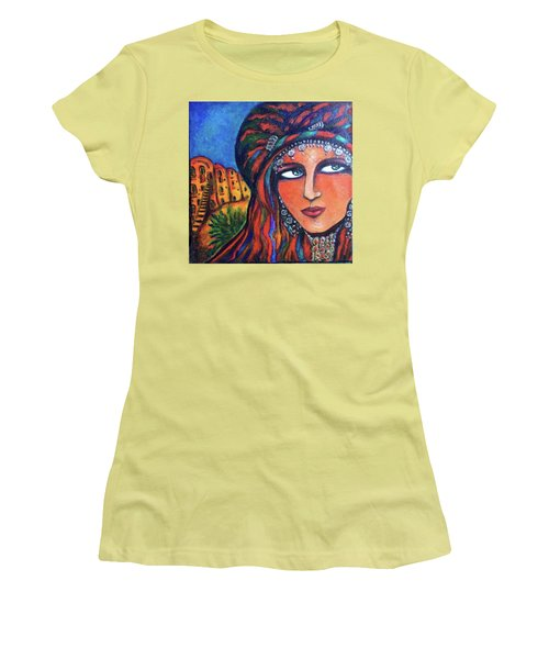 Amazigh Beauty 2 Women's T-Shirt (Athletic Fit)