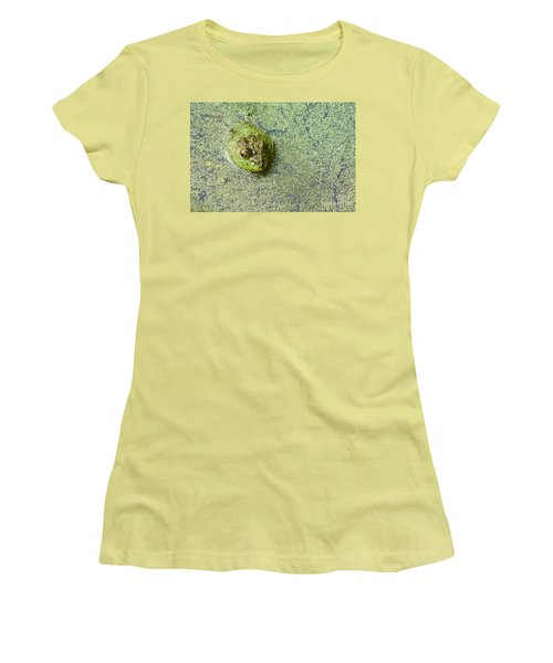 American Bullfrog Women's T-Shirt (Athletic Fit)