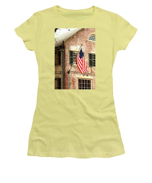 American Flag In Colonial Williamsburg Women's T-Shirt (Athletic Fit)