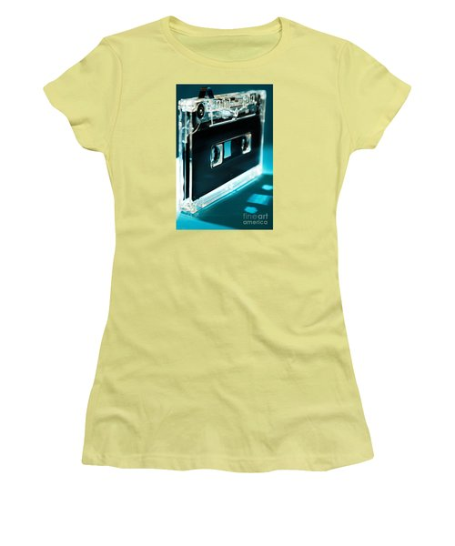 Analog Signal Women's T-Shirt (Athletic Fit)