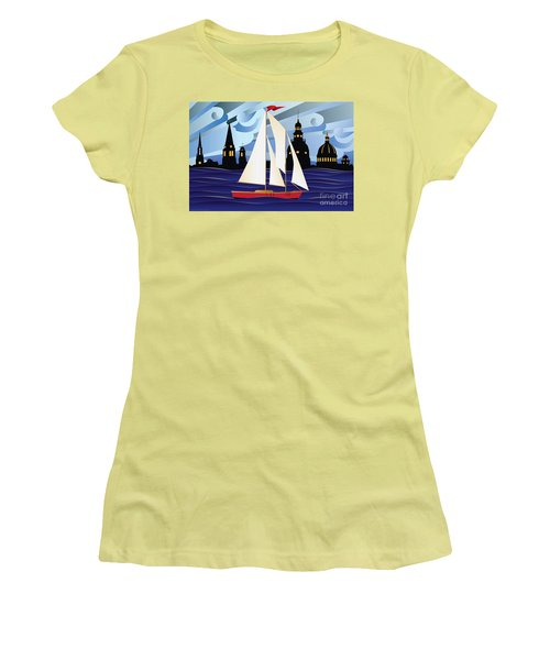 Annapolis Skyline Red Sail Boat Women's T-Shirt (Athletic Fit)