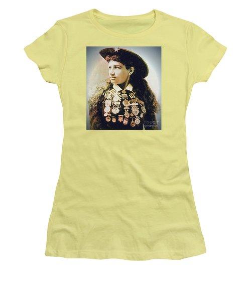 Annie Oakley - Shooting Legend Women's T-Shirt (Junior Cut) by Ian Gledhill