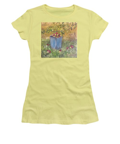 Apple Pickin'  Women's T-Shirt (Athletic Fit)