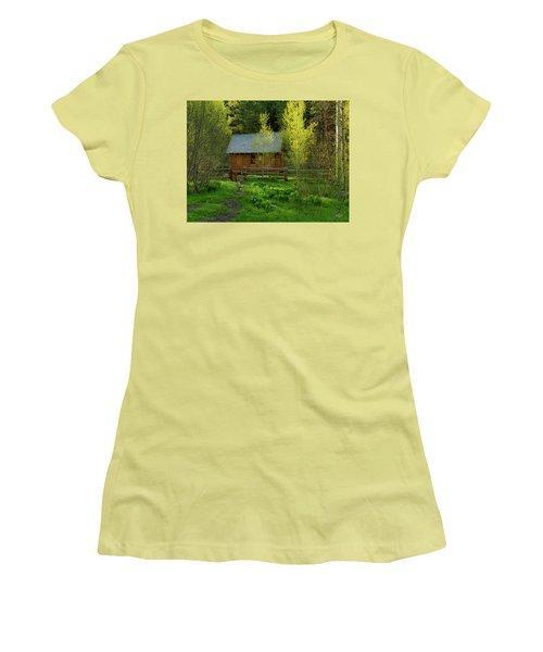 Women's T-Shirt (Junior Cut) featuring the photograph Aspen Cabin by Leland D Howard