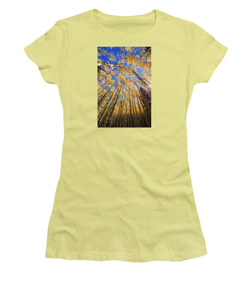 Women's T-Shirt (Junior Cut) featuring the photograph Aspen Hues by Tom Kelly