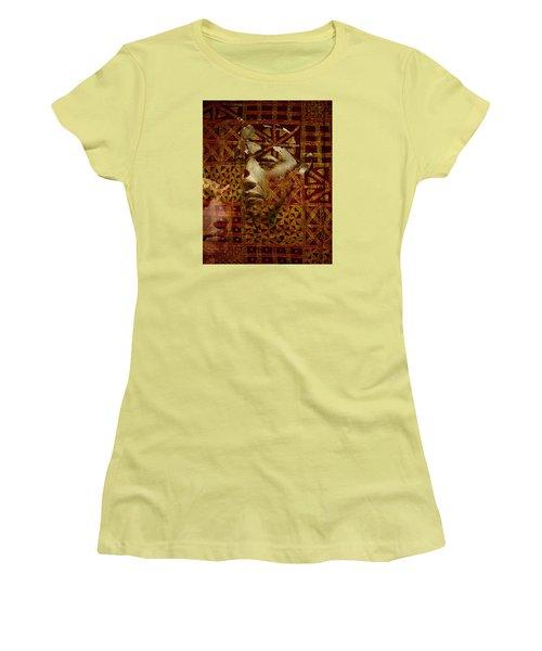 Aton Women's T-Shirt (Athletic Fit)