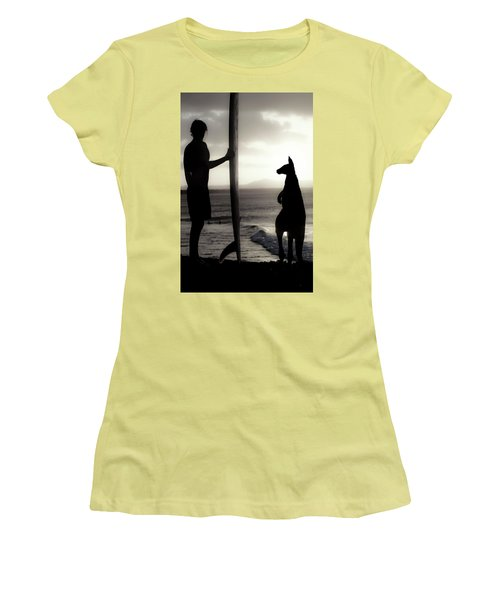Aussie Surf Silhouettes Women's T-Shirt (Athletic Fit)