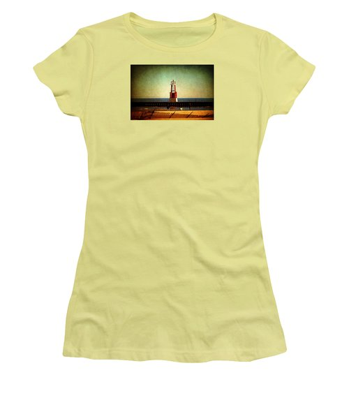 Autumn Fun In Chicago Women's T-Shirt (Junior Cut) by Milena Ilieva