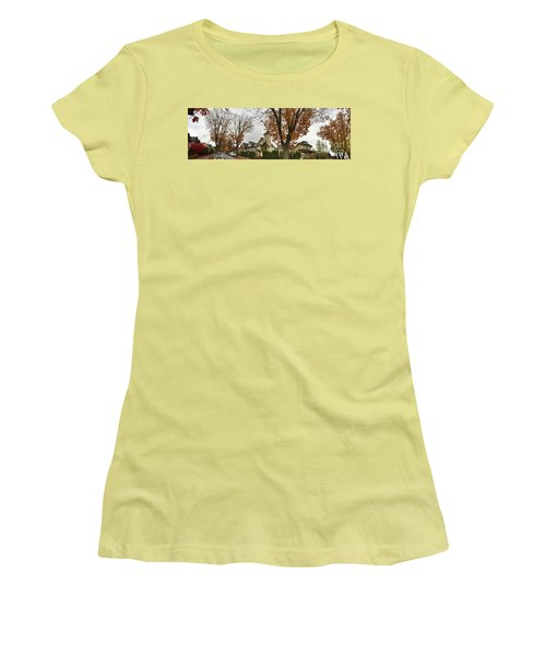 Autumn In The City 11 Women's T-Shirt (Junior Cut) by Victor K