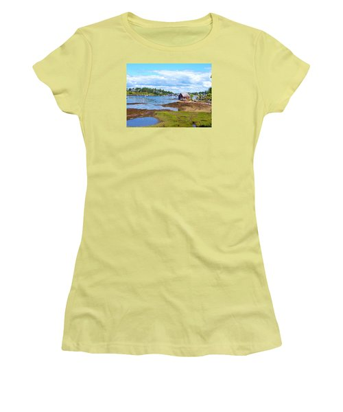 Bailey Island Lobster Shack Women's T-Shirt (Athletic Fit)