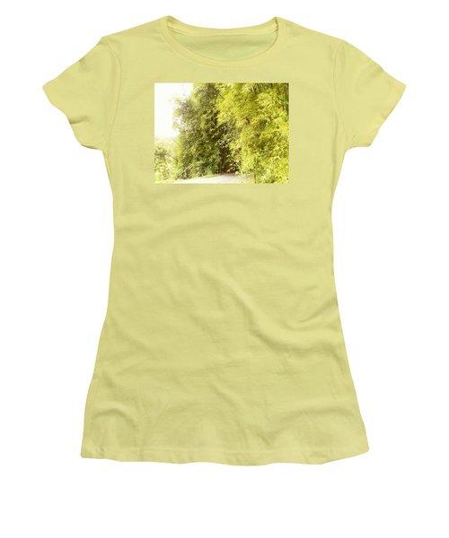 bambu en Limani, Adjuntas Women's T-Shirt (Athletic Fit)