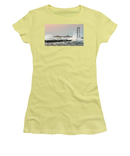Battering The Shark River Inlet Women's T-Shirt (Athletic Fit)