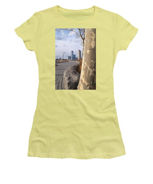 Battery Park Women's T-Shirt (Athletic Fit)