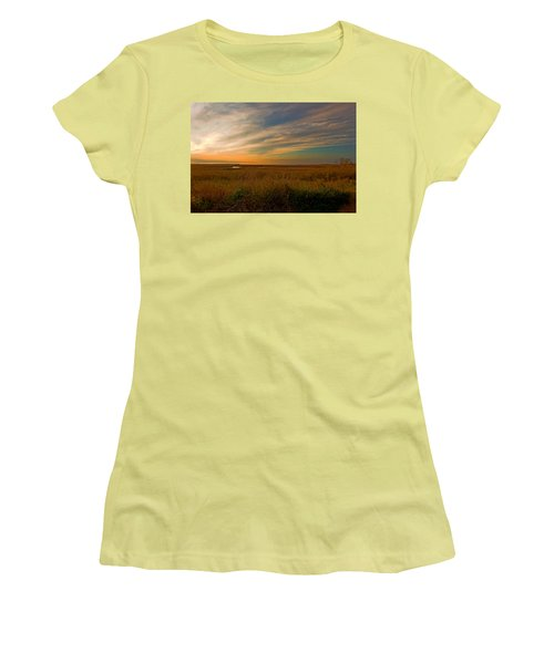 Bayside Sunset Women's T-Shirt (Athletic Fit)