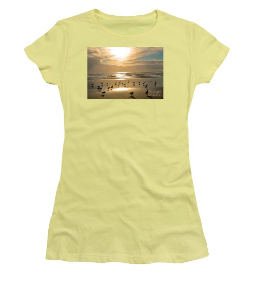 Beach Party Women's T-Shirt (Athletic Fit)