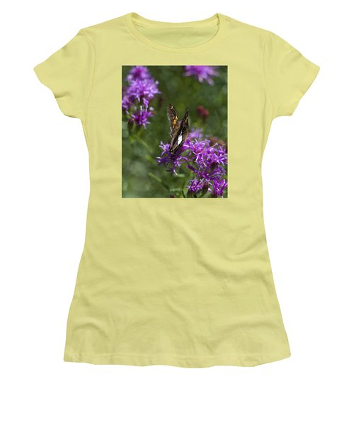 Beauty In The Garden Women's T-Shirt (Athletic Fit)